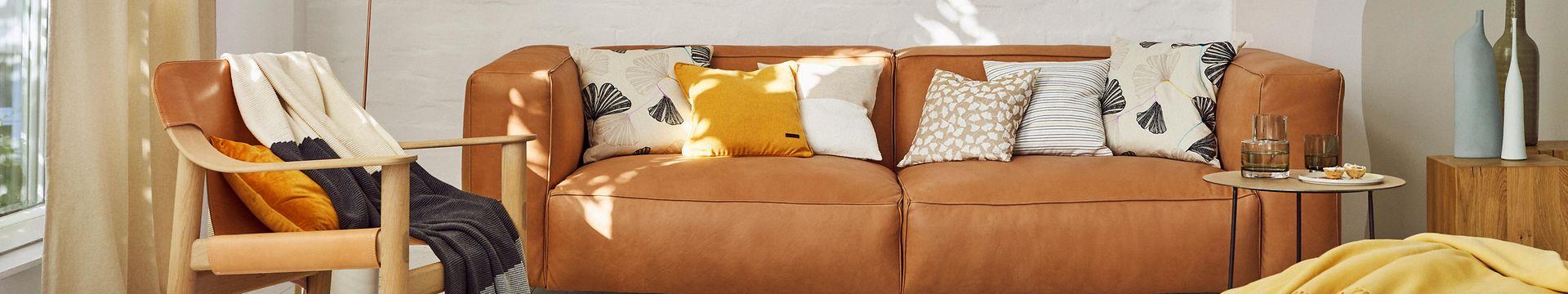 112021 - Home - Livingroom - TC Banner - IMG