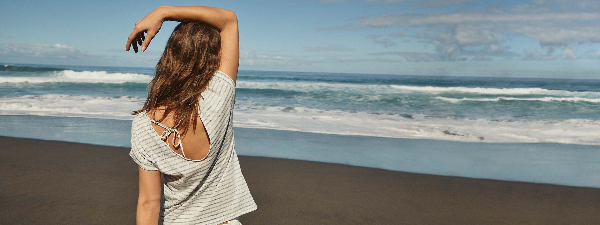 242021 - women - startpage - main banner - summer - T-Shirt Time -IMG