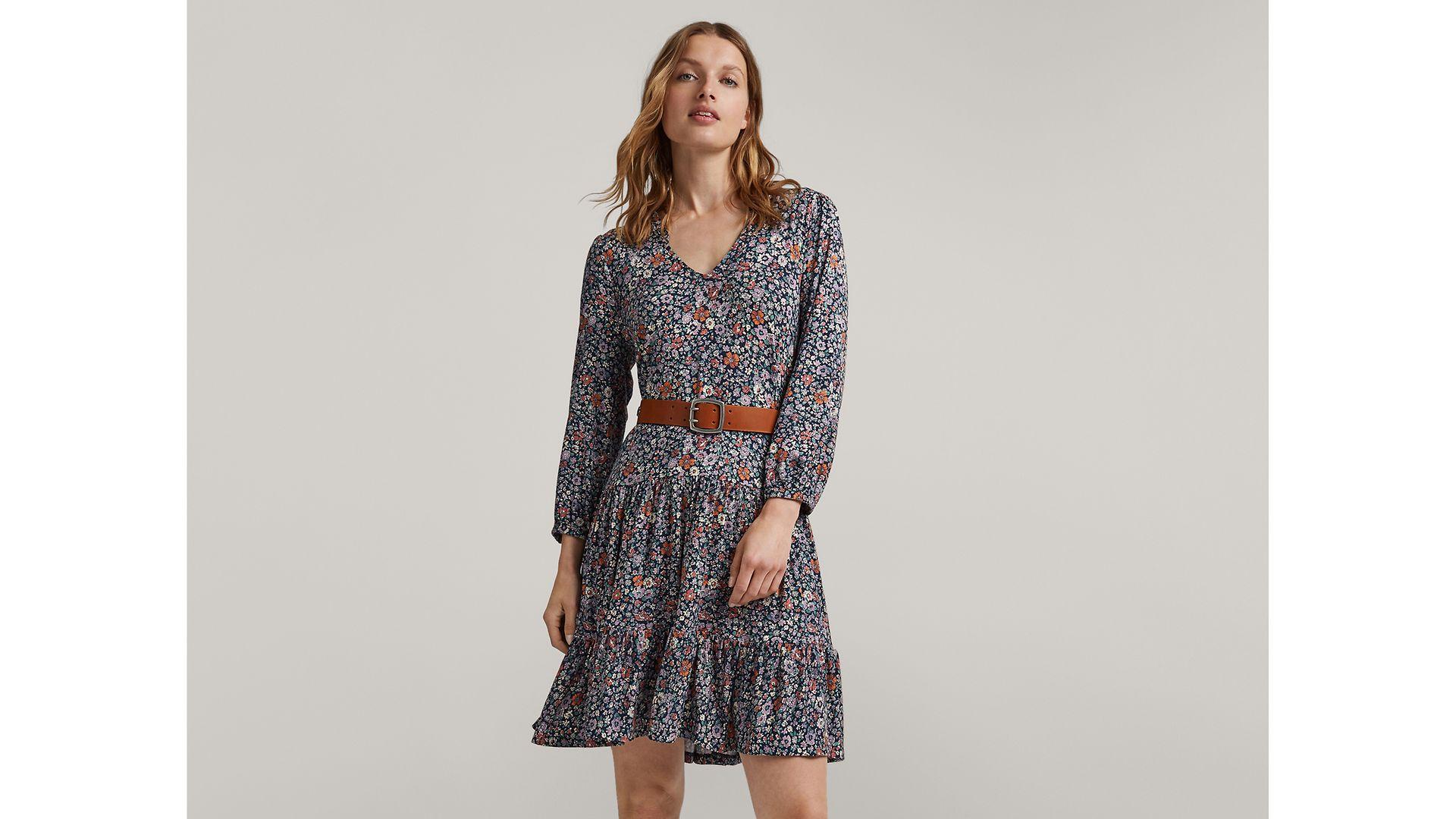 030721 - Women - Inspiration - Lookbook - Dressed up for Summer - Hero Large 2 - IMG