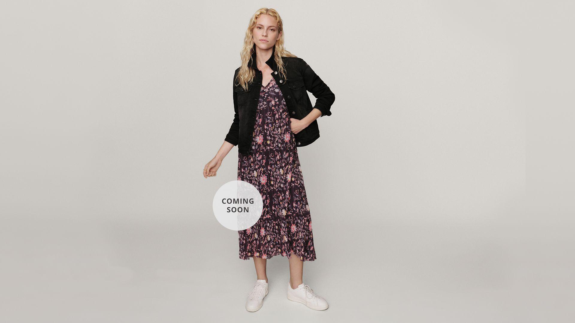030721 - Women - Inspiration - Lookbook - Dressed up for Summer - Hero Large 3 - IMG