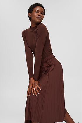 352021 – women – startpage – portrait carousel – skirts - IMG