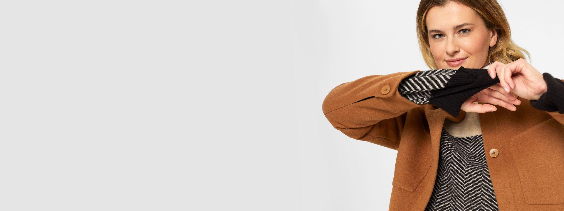 422021 - women - unknown startpage - hero medium - live shopping - knit - IMG